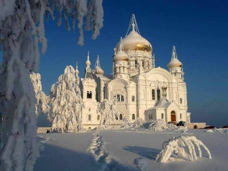 Belogorsky-St.-Nicholas-Orthodox-Missionary-Monastery-Cathedral